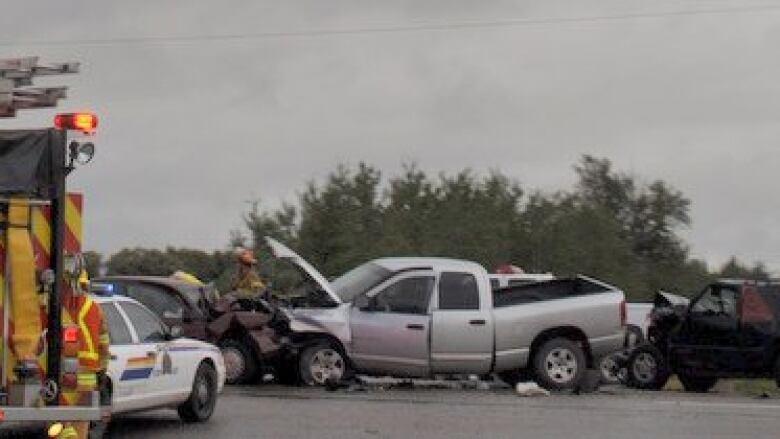 1 killed in multi-vehicle crash on Highway 16   CBC News