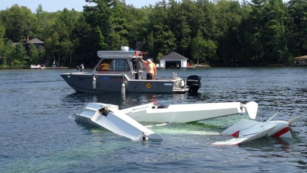 A small plane crashed into Lake Jospeh Saturday afternoon resulting in minor injuries for the pilot.
