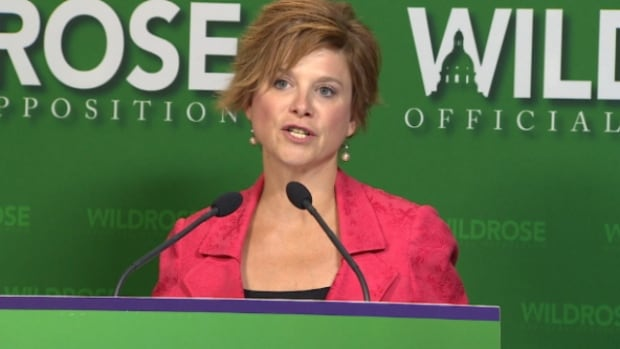 Wildrose MLA Kerry Towle called on PC leadership frontrunner Jim Prentice to support a public inquiry into spending by former premier Alison Redford.