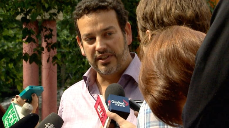 Temporary Foreign Worker Program misuse sanctioned by Harper government, union says