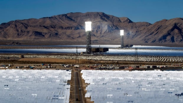The Ivanpah plant consists of more than 300,000 mirrors, each the size of a garage door, that reflect and concentrate solar energy onto three boiler towers. Together, they cover 1,416 hectares.