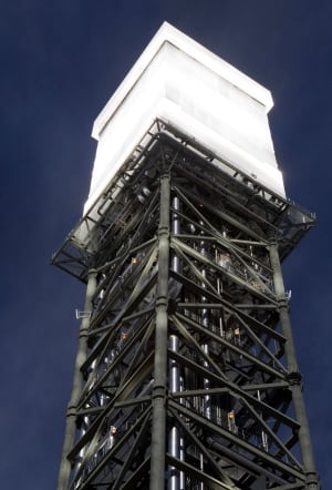 Boiler tower Ivanpah solar generating plant