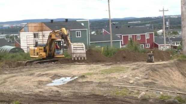 New location for a 10-unit apartment building for single parents in Labrador City.