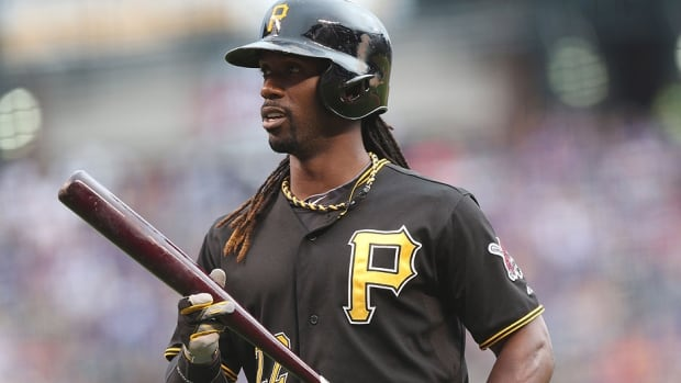 Pirates centre-fielder Andrew McCutchen returned to the lineup Tuesday night after recovering from a fractured rib.