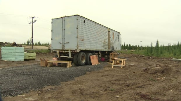 With some extra insulation, this trailer will house 100 hens during the subarctic winter in Kuujjuaq, Que.