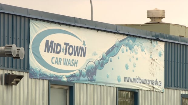 Winnipeg police were called on Tuesday to the Midtown Car Wash on Gertrude Avenue, where an 18-year-old employee told officers she found a cellphone concealed in the women's washroom.