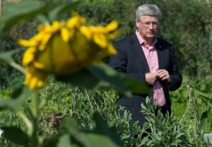 Stephen Harper visits the Northwest Territories