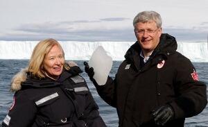 CANADA-POLITICS-Stephen-Harper-Laureen-HMCS-Kingston-Nunavut-2014