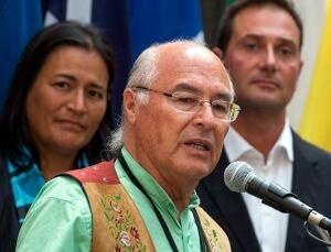 Premiers and aboriginal leaders 20140827