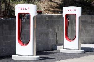 Tesla-Tahoe Charging Station