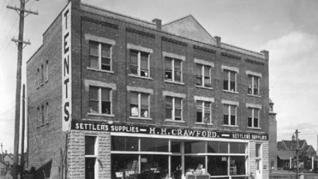 The Crawford Block on Gateway Boulevard, north of Whyte Avenue, was built in 1912.