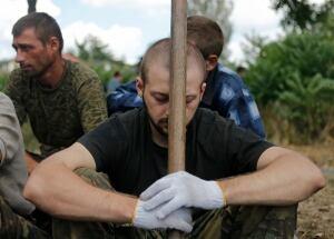UKRAINE-CRISIS-prisoner-swap