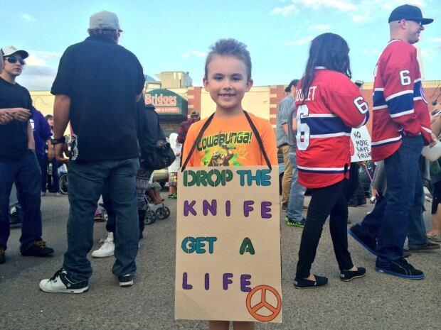 end knife violence