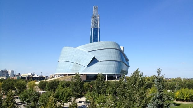 The Friends of the Canadian Museum for Human Rights is hoping to raise $10,000 from the sale of a sketch drawn by Prime Minister Justin Trudeau.