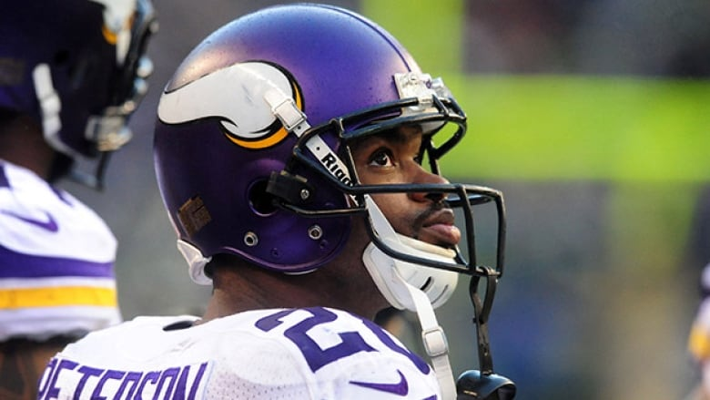 c7302cc1 Adrian Peterson ordered to stay away from Minnesota Vikings | CBC Sports