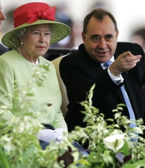 Scotland-independence-Salmond-queen