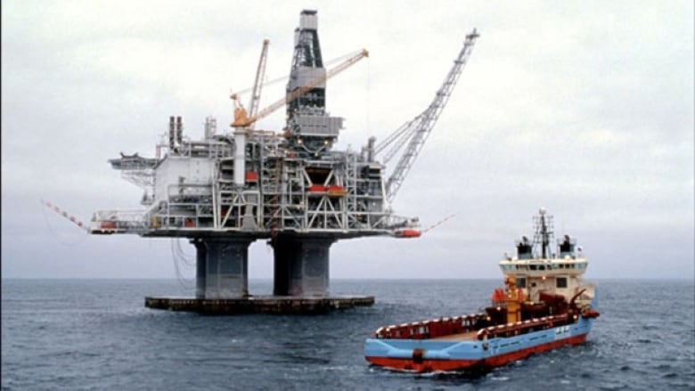 12,000 L of oil spilled into ocean off Newfoundland, causing