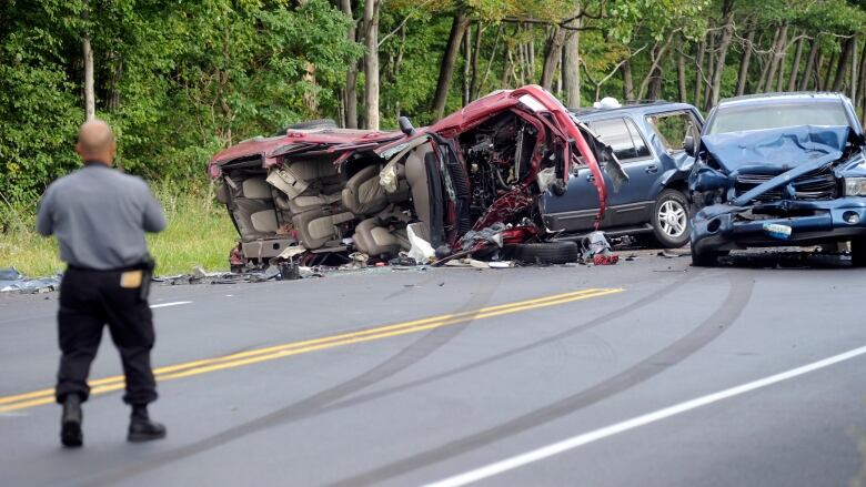 Pennsylvania multi-car crash leaves 4 children, 1 adult dead