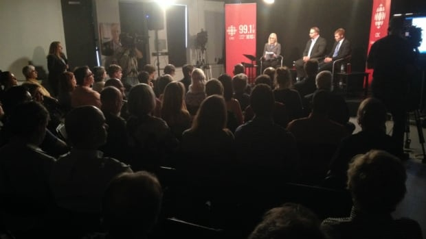 Keystone XL pipeline town hall at CBC Calgary