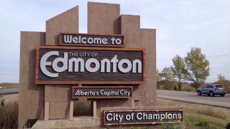 Kijiji ad for Edmonton's 'City of Champions' sign posted by