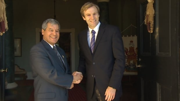 Premier-designate Brian Gallant and Lt.-Gov. Graydon Nicholas met on Friday morning. Gallant's Liberal government will be sworn in on Oct. 7.