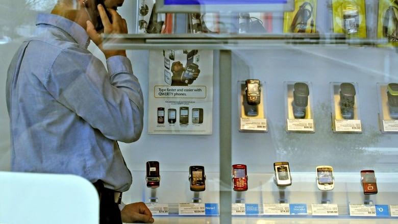 Lower wireless prices lead to worse service, Telus tells CRTC