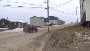 Iqaluit Plateau road