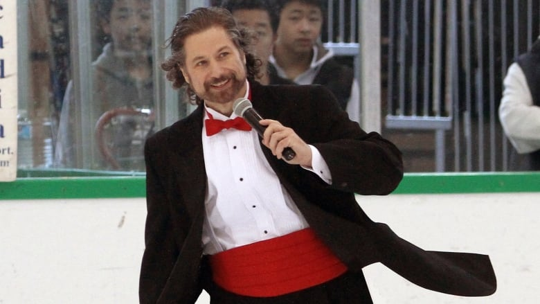Vancouver Canucks' anthem singer gets the boot plans to perform at anti-mask rally thumbnail