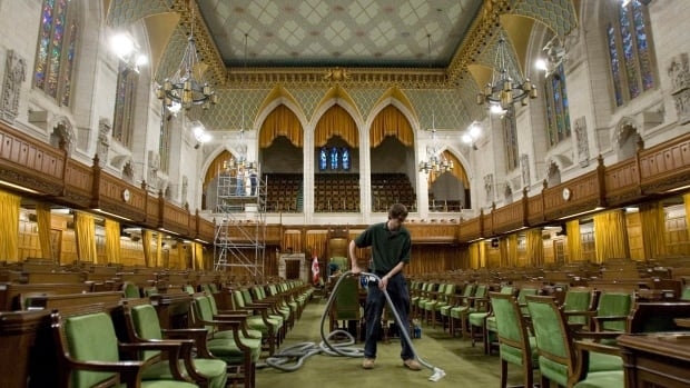Loose panes in the stained-glass windows that line the upper part of the House of Commons pose a risk to MPs and visitors to the chamber and need to be repaired immediately, an internal report says. The 12 windows were installed in the early 1970s to mark Canada's centenary.