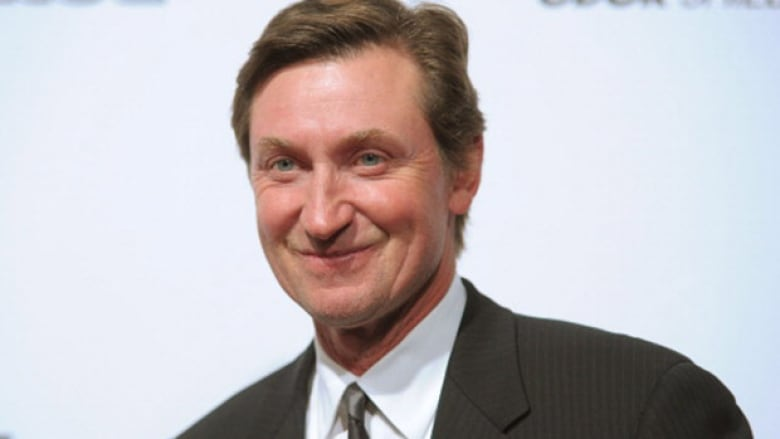 sneakers for cheap ee23b de6bf Wayne Gretzky partners with Sears on men's clothing line ...