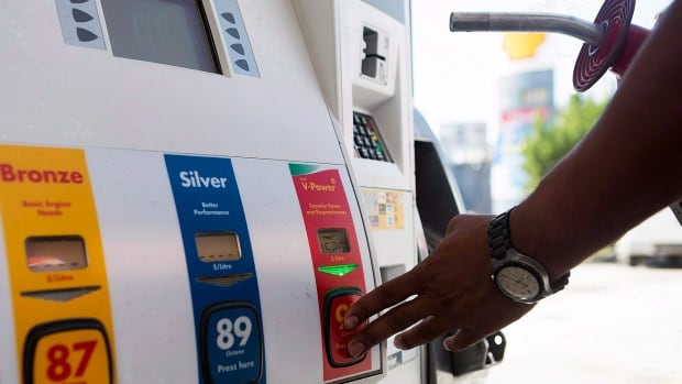 A worldwide glut of oil is driving down gas prices at the pump.