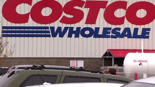 Canada's food safety watchdog has suspended Costco Canada's fish import licence.