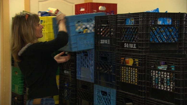 Food bank in Pointe-Saint-Charles may close its doors | CBC News
