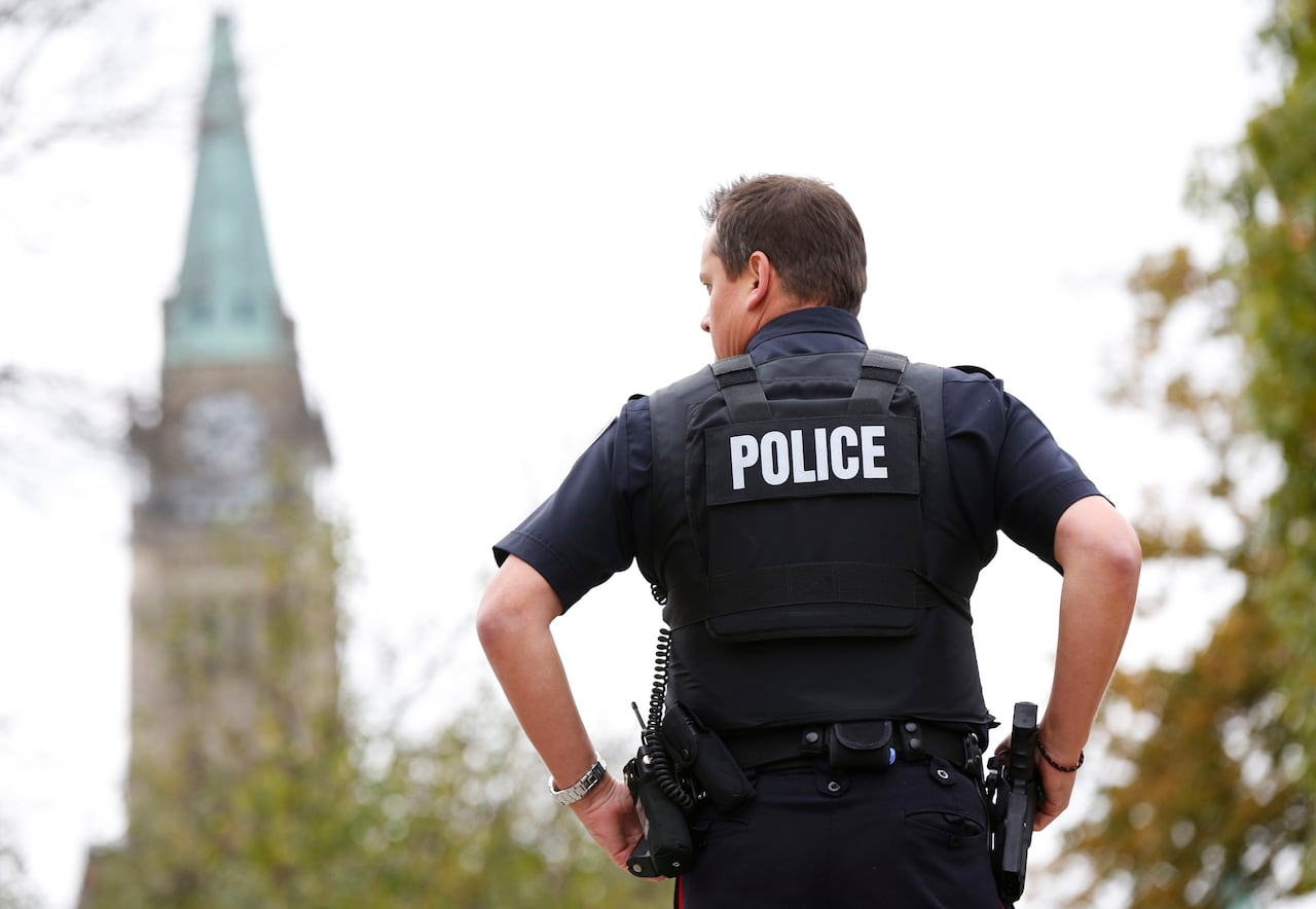 Ottawa shooting: RCMP, House security radios on different