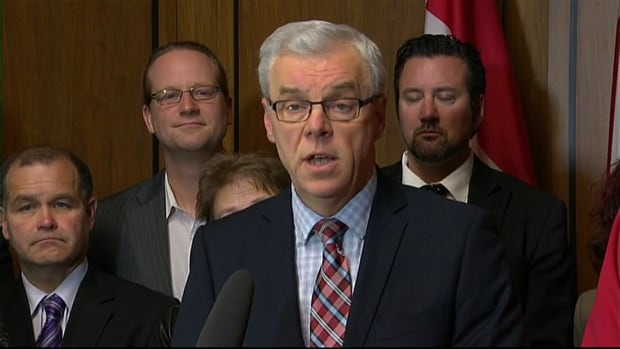Manitoba Premier Greg Selinger announced Tuesday that he will not step down as premier and NDP leader amid dissension in party.