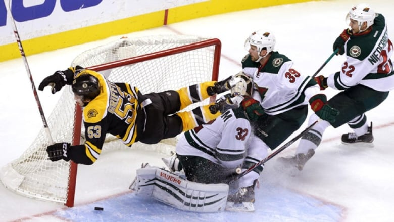 Seth Griffith Looks Like Bobby Orr In Acrobatic Goal Cbc Sports