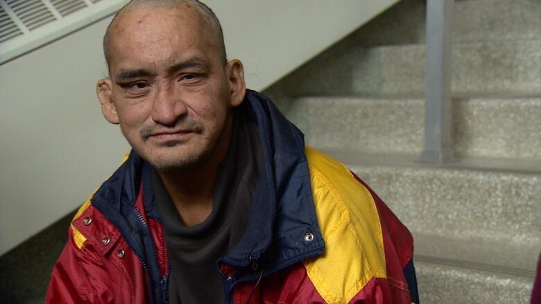 edmonton s homeless piano man reveals rough life behind his music