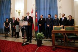 Mba Selinger Cabinet 20141103