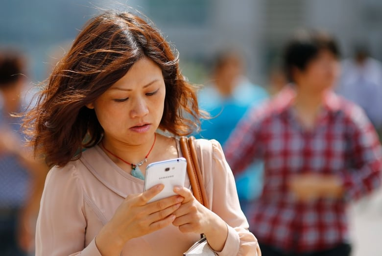 Internet, phone bills in Canada too high, says consumer study