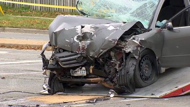 Car.TTC.bus.crash.kipling
