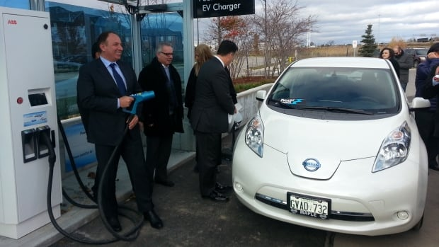 A new level 3 electric vehicle charging station was opened this month by PowerStream in the Toronto suburb of Vaughan.
