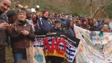 Kinder Morgan protest 4 pm deadline comes and goes