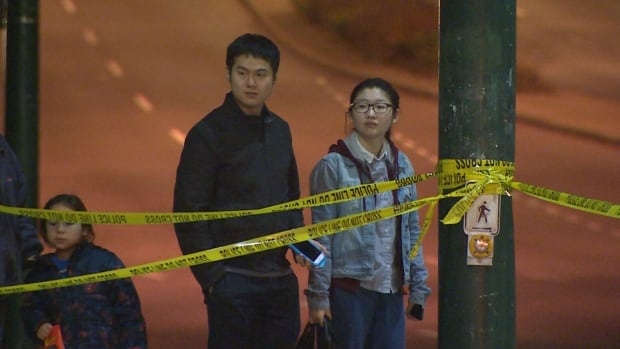 Vancouver police shooting onlookers