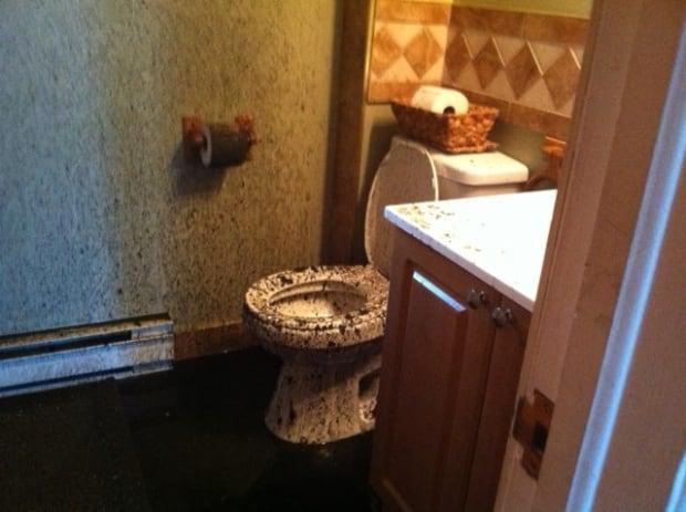 Beaconsfield toilet explosion