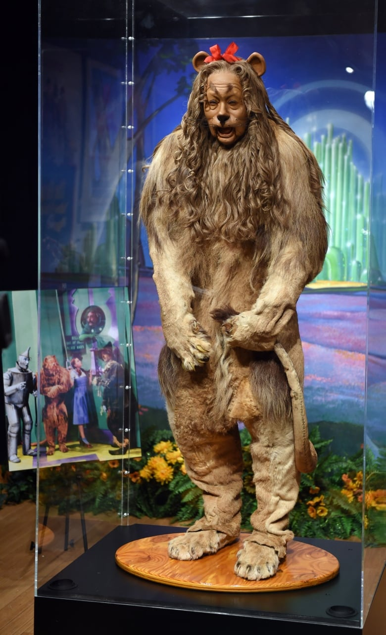 The Wizard Of Ozs Cowardly Lion Costume Sells For 3m Cbc News From Oz Was Worn By Actor Bert Lahr