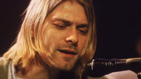Kurt Cobain's death scene photos will not be made public