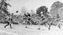Football Dive Vintage
