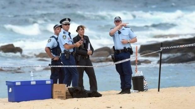 Babys Naked Body Buried On Sydney, Australia, Beach Found -2350