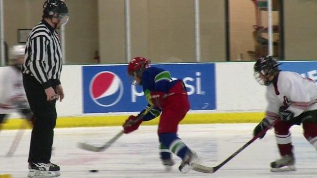 Saint John promises spot checks to ensure hockey players have mandatory cards - CBC.ca