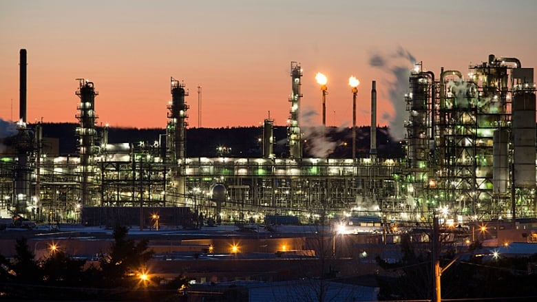 Buying Canadian could save eastern refineries millions, says